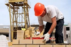 Сметные зарплаты строителям будут определять заказчики строительства