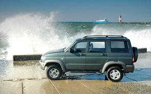 «УАЗ» везет в Европу две модели