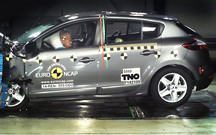 В Renault назревает конфликт с Euro NCAP