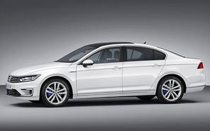 Volkswagen Passat перешел на гибрид
