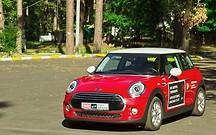 Тест-драйв Mini Hatch