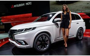 Mitsubishi возвращается на Парижский автосалон с новым гибридным кроссовером