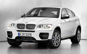 Кроссовер BMW X5 празднует 15-летие