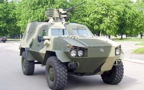 Волонтеры подготовили для украинской армии новые внедорожники