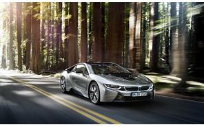 «Заряженный» BMW i8 получит 500 лошадиных сил