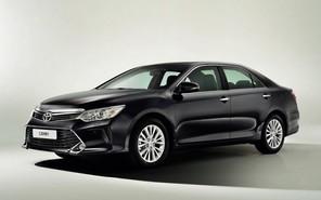 Обновленный Toyota Camry добрался до украинского рынка