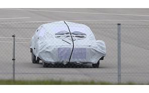 Mercedes готовит конкурента BMW i8?