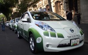 Львовские таксисты пересели на электромобили