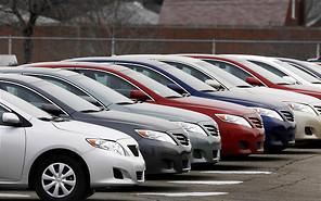 Каждый 10-й автомобилист собирается избавиться от своего авто в 2015 году