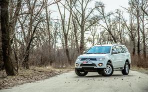 Тест-драйв Mitsubishi Pajero Sport: безразличие к ямам