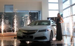 Новый седан Acura TLX приехал в Украину