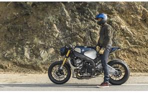 Орландо Блум завел себе кастомный мотоцикл BMW