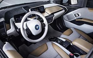 Рейтинг: Лучшие автомобильные интерьеры года