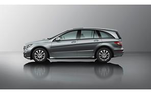 Mercedes передумал хоронить R-класс?