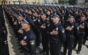 Национальная полиция Киева уже патрулирует дороги столицы