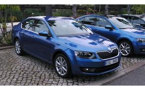 Skoda Octavia возглавляет рейтинг продаж автомобилей С-high класса