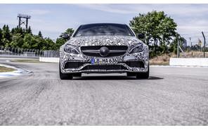 В Mercedes определились с датой премьеры нового купе C 63 AMG