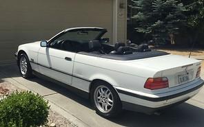 BMW 325i Стива Джобса выставили на продажу