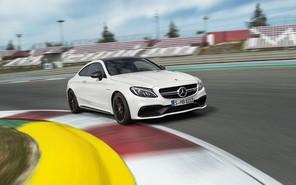 Mercedes-Benz официально представил «заряженное» купе C-Класса