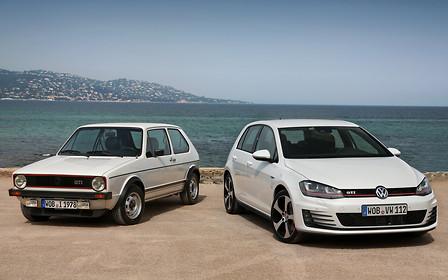 У AUTO.RIA в наличии: Хэтчбек Volkswagen Golf