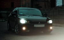 Обзор Mitsubishi Lancer X: Красивая, динамичная, жесткая