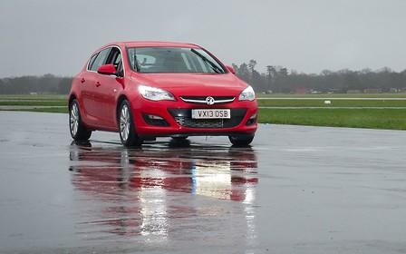 «Бюджетный автомобиль» из Top Gear выставили на аукцион
