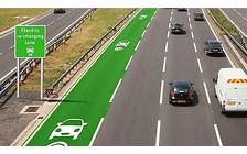 В Британии тестируют дорогу, способную заряжать электромобили