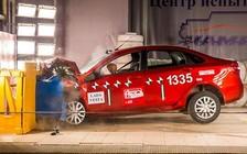 Краш-тест Lada Vesta: Седан разбили на «четверку»