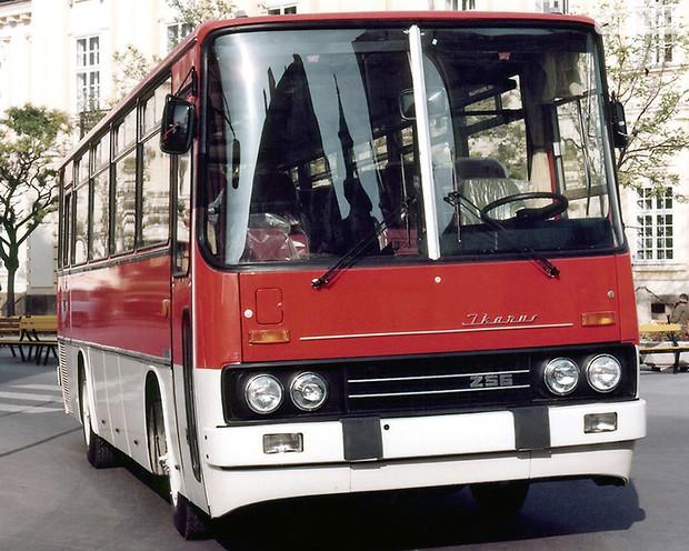 Прикосновение в автобусе фото 380-461