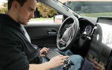 Хакер, взломавший iPhone, будет разрабатывать беспилотные автомобили