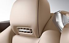 Суд запретил машинам Mercedes-Benz надевать «воздушные шарфы»