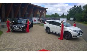 С дороги! В Украину приехал новый Mitsubishi Pajero Sport.