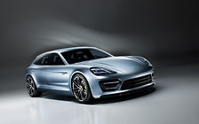 Универсал Porsche Panamera представят через несколько месяцев