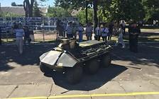 Видео: Украинские инженеры создали броневик-беспилотник