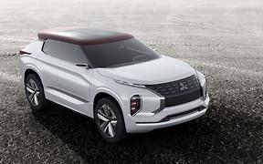 Новый концептуальный кроссовер Mitsubishi GT-PHEV представят в столице Франции