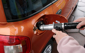 Автогаз дешевеет в крупных сетях и на заправках-моноблоках.
