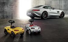 Mercedes-Benz привезет в Париж детский суперкар