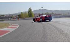 Видео: Чемпион Формулы-1 провел тест-драйв открытого LaFerrari