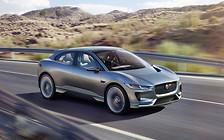 Напряжение растет: Jaguar атакует Tesla Model X