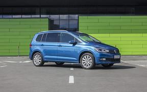 Тест-драйв VW Touran