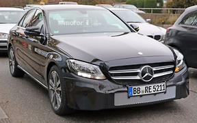 Mercedes начал дорожные тесты обновленного C-Class
