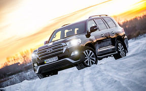 Тест-драйв Toyota Land Cruiser 200: Свобода выбора
