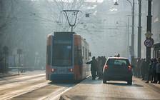 Краков задыхается от смога: Работает бесплатный общественный транспорт и ограничено использование автомобилей