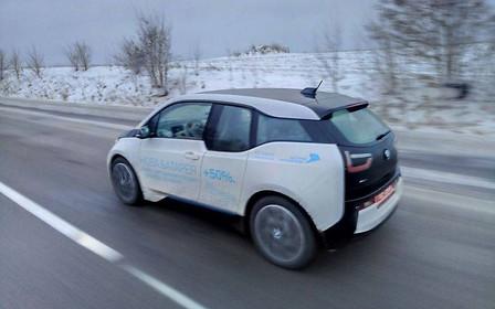 Новые пути открываются тем, кто мыслит иначе. На BMW i3  можно доехать дальше, чем Вы думаете.
