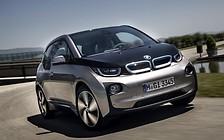 Обновленный BMW i3 представят этой осенью