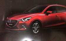 Обновленную Mazda2 рассекретили до премьеры