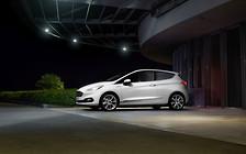 Ford научит свои машины видеть пешеходов ночью