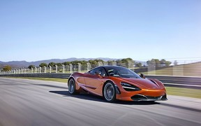 Автомобиль недели: McLaren 720S