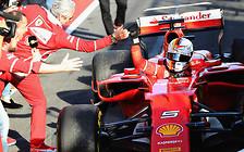 Триумф Джины: Ferrari Феттеля привезла его на первое место в первой гонке сезона-2017