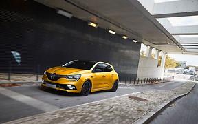 300 «лошадей»: Новый Renault Megane R.S. будет мощнее предшественника